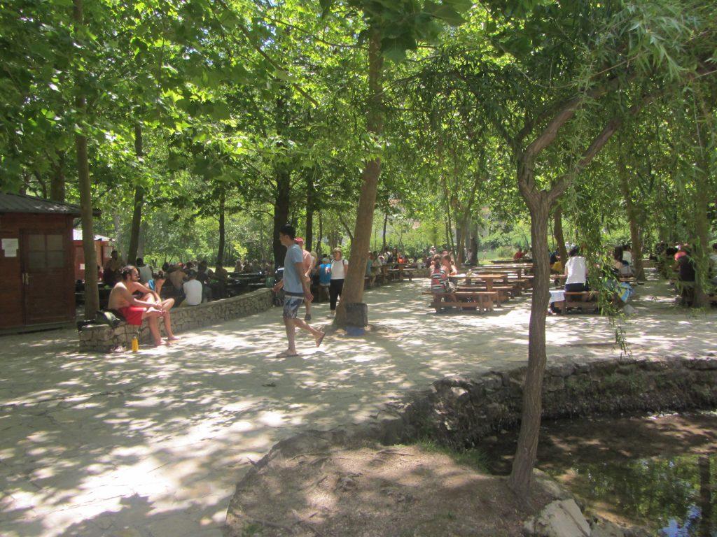 Park ob slapovih 2