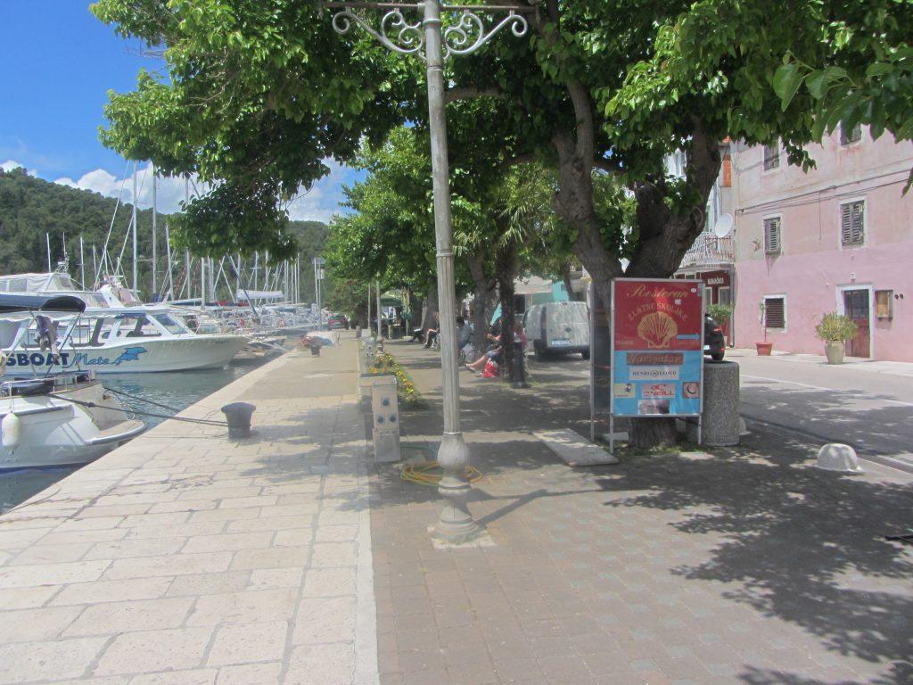 marina v mestu Skradin