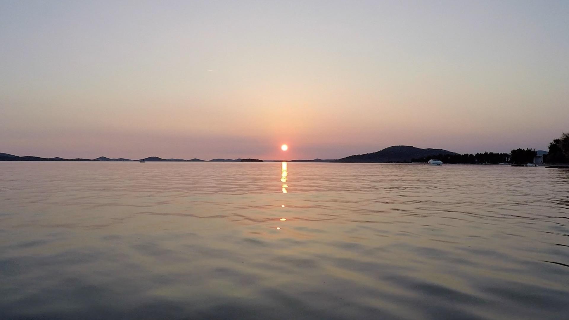 soncni zahod Pirovac