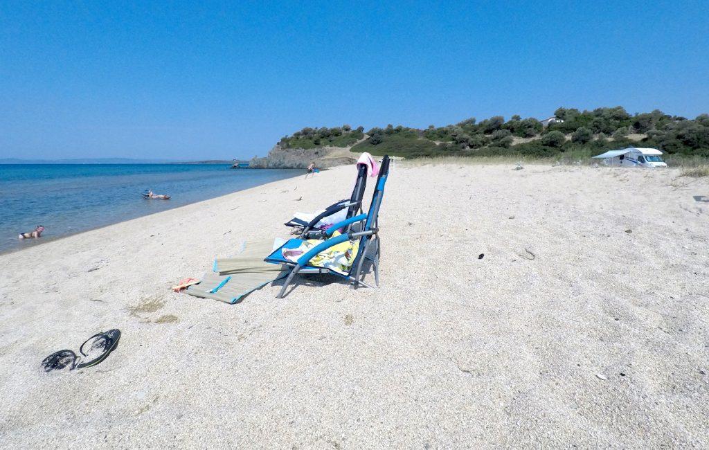 Vožnja na Sitonijo in namestitev v zalivu Azapiko (3. dan)