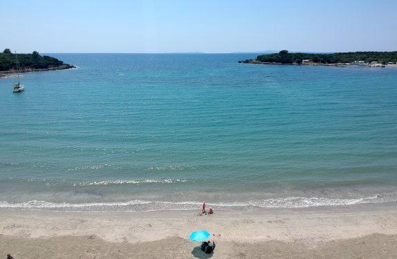 Plaža Kerenza – kopanje in nočitev na plaži (12. dan)