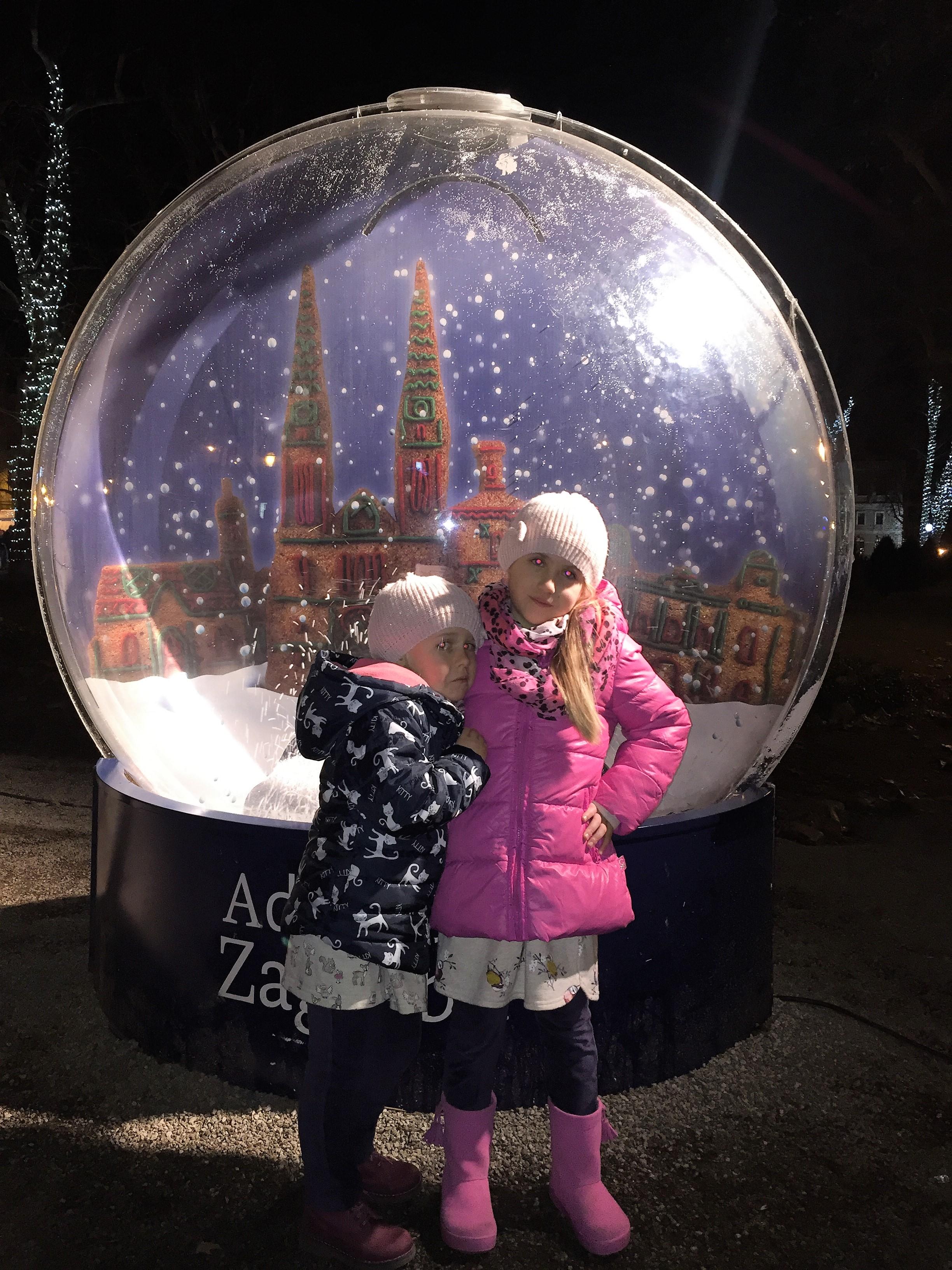 božični adventni zagrem