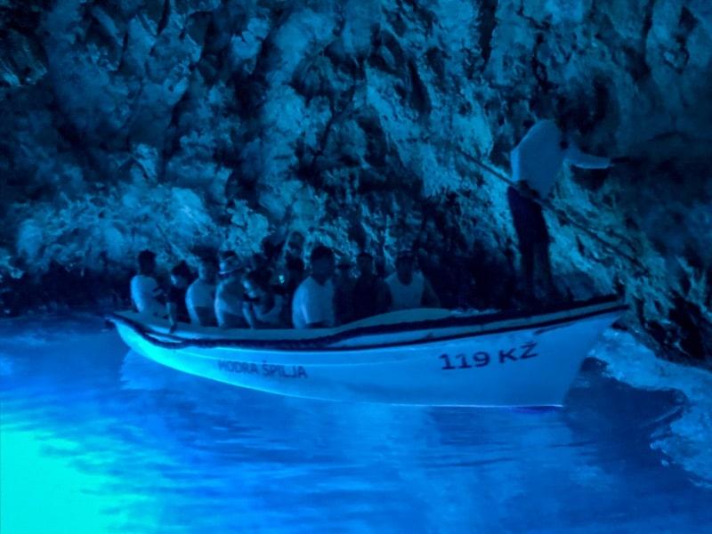Modra Špilja - otok Biševo